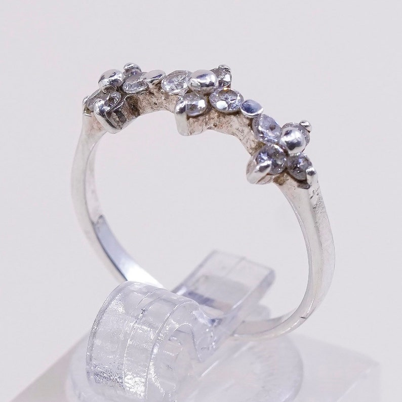 Size 6.75 925 silver ring Vintage Bee stamped 925 Bee sterling silver flower with crystal ring 011003