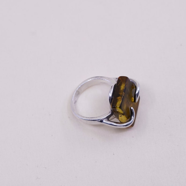 Vintage sterling silver handmade ring stamped 925 Mexico 925 with Amber Size 3.25