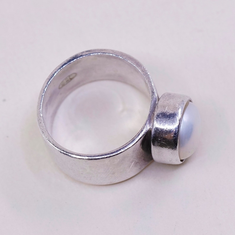 vintage stamped 925 Size 5.5 Sterling silver handmade ring southwestern style solid 925 silver statement band with pearl 011142
