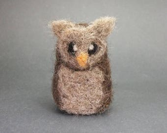 Small Needlefelted Owl, Needle Felt Animal Bird, Miniature Brown Owl, Wool Needlefelt Woodland Creature Felted Soft Sculpture