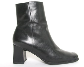 696dc0312e2b 90s Vintage Black Leather Block Heel Boots - Chunky Platform Boots - Goth  Boots - Minimal Minimalist Ankle Boots - Square Heel 1990s
