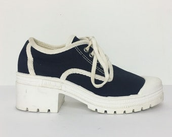 85e8f4f89a37 90s Vintage ALDOS Canvas Chunky Sneaker - Size 38 Womens 7 8 US Chunky  Platform Sneaker Treaded Heel Black And White 90s Shoes Deadstock Y2K