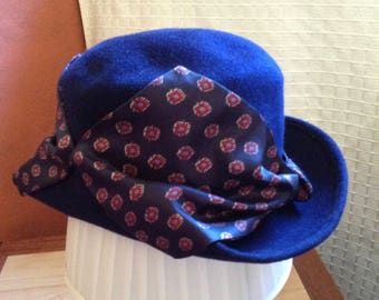 Vintage Wool Felt Woman's Cloche Hat, Navy Blue w/ attached rim scarf, made in America, NJ