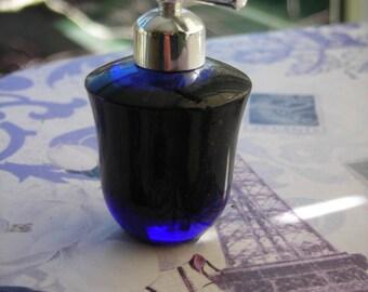 vintage Liz Claiborne Vivid miniature perfume, 1/8 oz or 3.7 ml