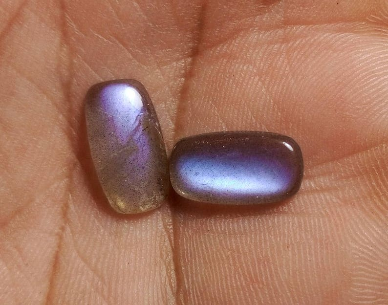 2 Pieces Labradorite Sale Pair Stone Smooth Purple Flashy Stone Purple Labradorite Pair Cabochon Gemstone 14x8x3 mm