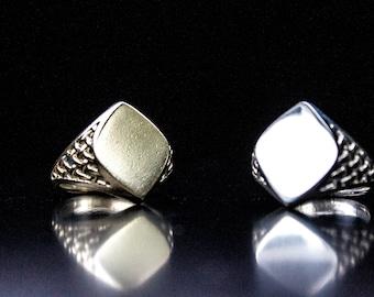 Unique class ring | Etsy