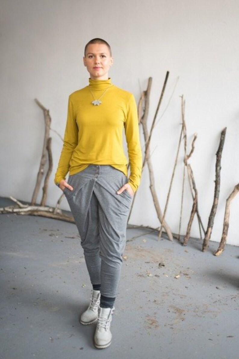 aae56f97c12 Elegant Minimalistic Turtleneck Dahlia Curry Yellow