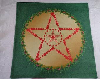 Altar Cloth or Tarot Mat - Yule Pentacle - Pagan or Wicca Altar or Tarot Cloth for Yule