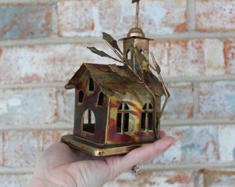"Berkley Designs Wind Up Church Music Box - ""Amazing Grace"""
