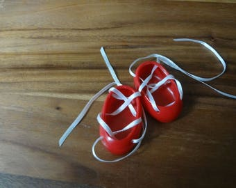 Muffy ~ Red shoes with white ribbon ties