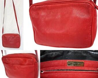 86ef7f1fcfd5 BOTTEGA VENETA Italy Red Pomme D'Amour Cross-Grained Safiano Snake Karung  Snakeskin Print Soft Leather Sling Crossbody Shoulder Bag Handbag