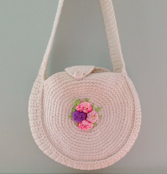 Posy promises handbag | 1970s handmade shoulder bag | 70s white knitted round purse
