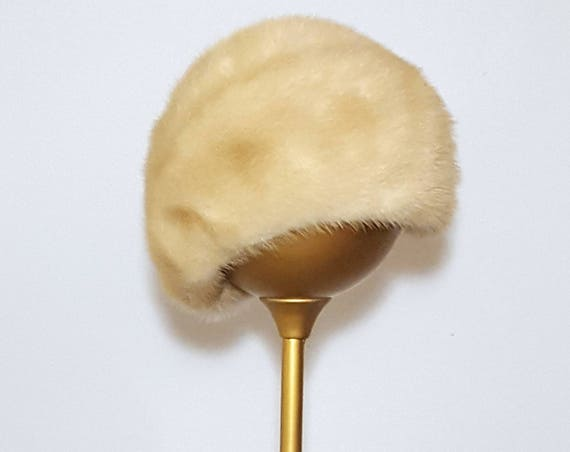 "The luxury of mink! | 1960s  vintage blond mink hat | 60s 21.75"" size M"