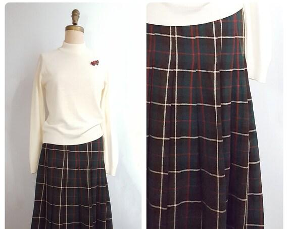 Five star favorite | 1950s pleated plaid skirt | 50s wool blend plaid skirt | medium to large