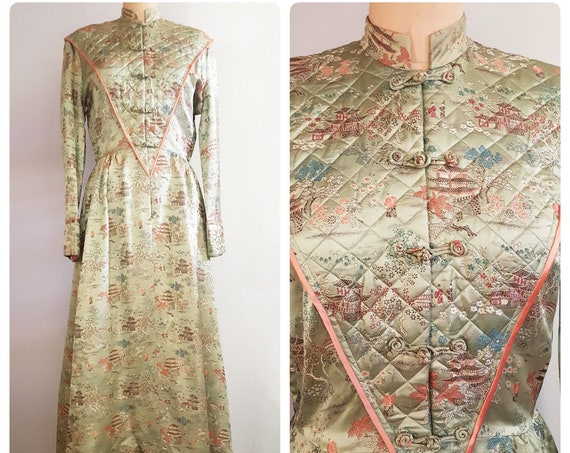 Zenful garden | 1940s soft green brocade Asian style robe | 40s lounging hostess gown | medium to large