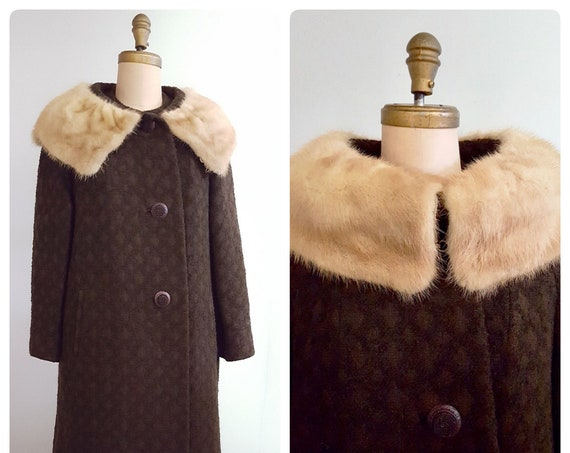 Window shopping | 1960s chocolate brown boucle coat with fur collar | 60s mink collar winter swing coat | size large