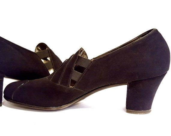 1940s black shoes | 40s black suede w leather piping heels size 7 N
