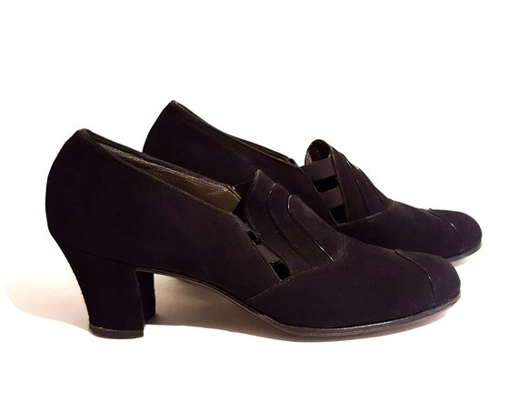 1940s black shoes | 40s black suede w leather piping heels US size 7 N