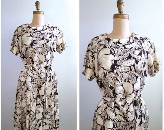 1960s brown and white floral drop dress