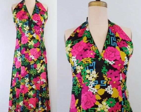 Modern garden art | vintage 1970s maxi | 70s floral halter dress