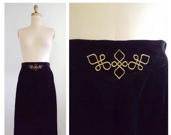Luxurious Velvet | 1980s black velvet skirt | 80s London Fog Collectibles evening skirt | medium