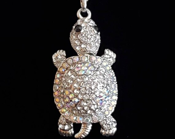 "1960s glittering rhinestone turtle necklace |  60s turtle pendant on 19"" silvertone chain"