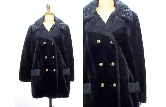 Vintage 1970s Teddy Bear Coat w faux Persian lamb trim | 70s/80s vegan coat