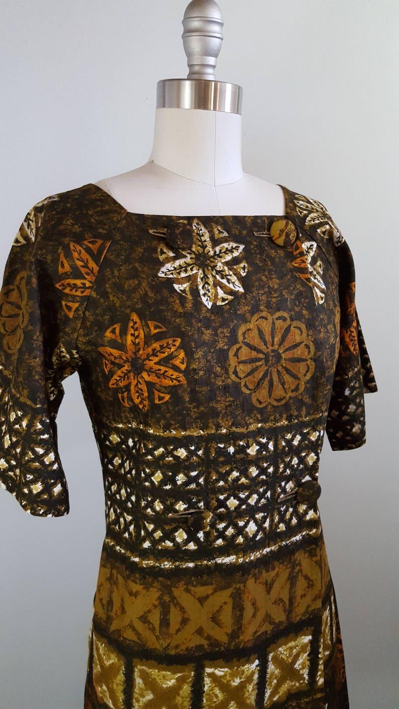 1960s Hawaiian print dress 60s batik dress size small