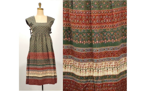 1970s country style folk Americana chore praire novelty border print dress | 70s pinafore dress with side ties  | size small to medium