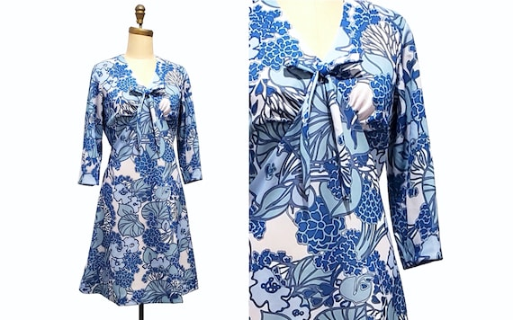 Vintage 1960s blue and white floral dress | 60s polyester day dress | size large