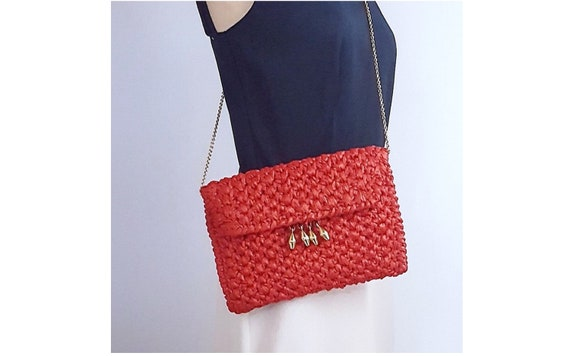 Vintage Designer RODO late 1970s / 1980s red raffia / straw clutch envelope handbag w gold tone chain| envelope style handbag