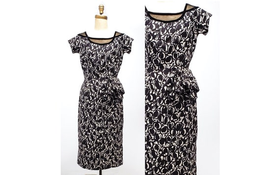1950s wiggle dress with gorgeous hip bow | 50s black and white abstract print with illusion neckline | size medium
