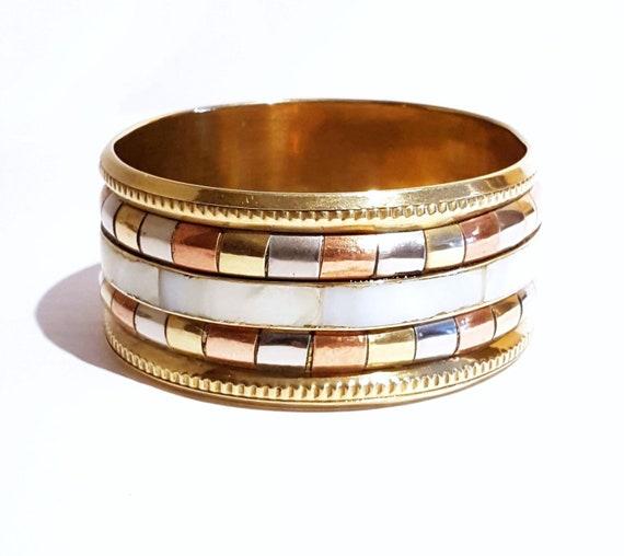 Vintage boho chic brass cuff | 1970s tri-metal geometric design bracelet | shell inlay