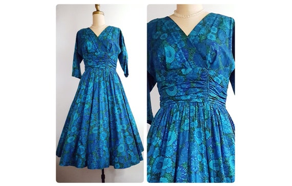 1950s blue floral cotton full skirt dress size med