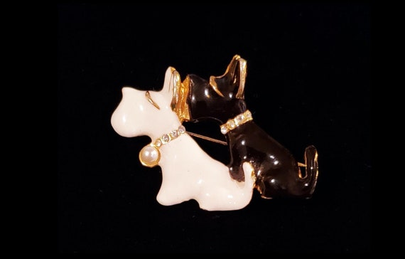 Darling Doggies | vintage pin with a pair of enameled scottie dogs with rhinestone collars | black and white dog brooch