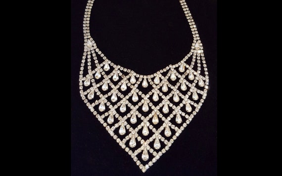 1950s statement WEISS signed Austrian Crystal rhinestone bib necklace