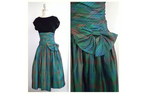 Celtic beauty | 1980s does 1950s green velvet and plaid dress with a side bow | 80s party dress