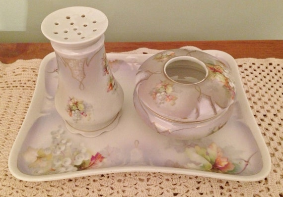 Antique Edwardian Dresser Vanity Set w Hair Receiver and Hatpin Holder / Austria, Hand Painted
