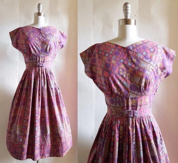 Harmonizing garden hues dress | 1950s day dress | 50s cotton dress with full skirt