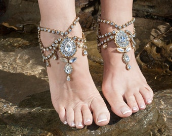 Boho beach wedding anklet with rhinestones in gold tone.