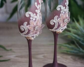Marsala Wedding Champagne Flutes, Vintage Personalized Toasting Glasses Bride and Groom, Wedding Glasses, Champagne Glasses Set, 2pcs