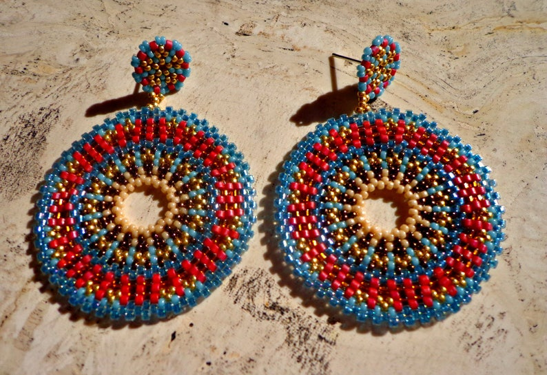 c7925ef77906 Tutorial orecchini pendenti etnici Tecnica peyote circolare