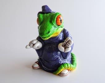 Lizard Wizard - Resin Art Toy