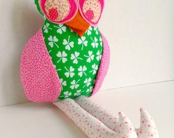Fabric owl doll, Plush owl toy, Owl decoration,Pink green shamrock, Cloth girl owl, Stuffed owl, Rag doll, Owl softie, Woodland hoot owl