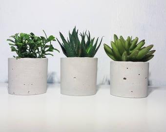 Set of 3 mini Candle Holders / Concrete pot / Concrete Air Plant Holder /Concrete Planter / Succulent Pot / Home decor / Housewarming gift