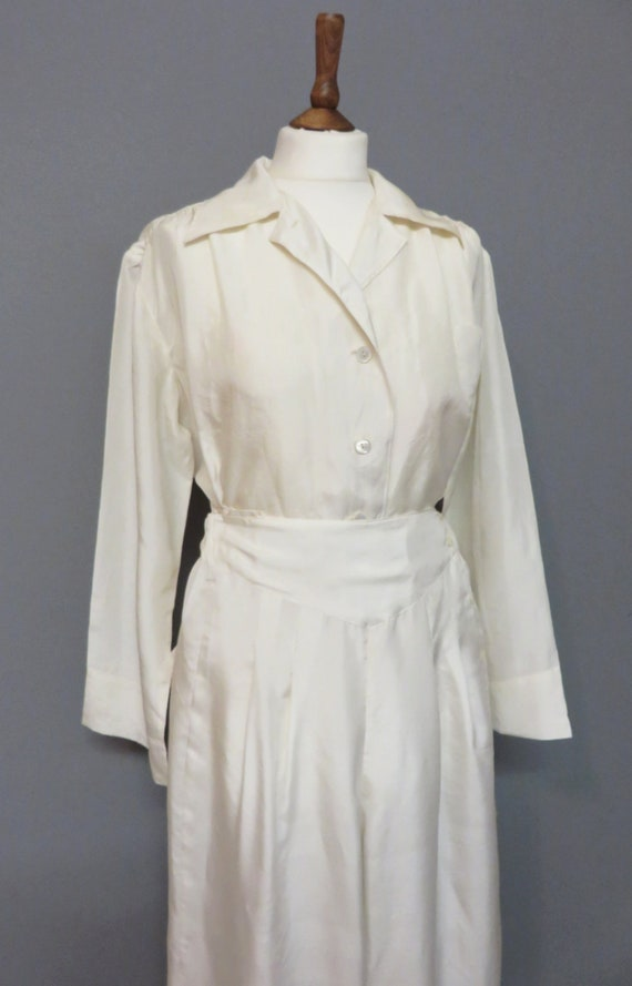 Vintage 1940s  elegant pyjamas white cream silk  M