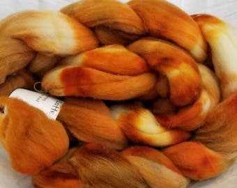 Ile De France Hand Dyed Roving: Pumpkin Spice Everything