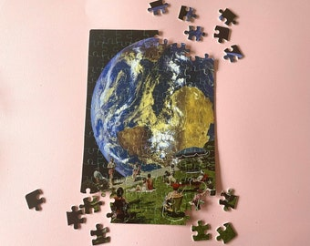 Art jigsaw puzzle - Perfect Christmas or birthday gift - A4 size - Moon holiday