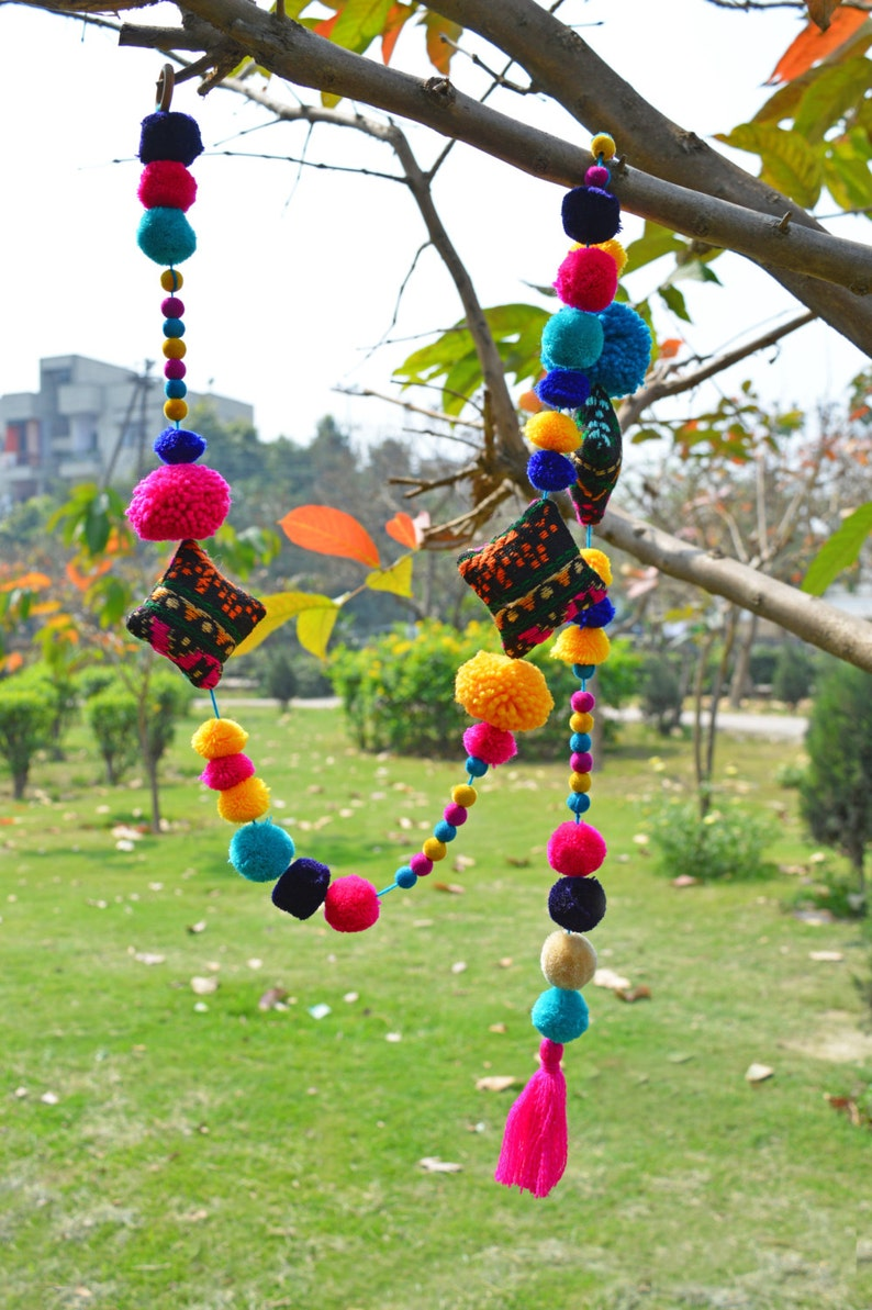 gift handmade Pompom garland home decor size 1 mt bohemian multicoloured