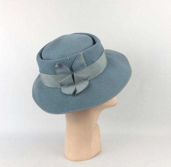 Original 1930s Cornflower Blue Fedora with Grosgra